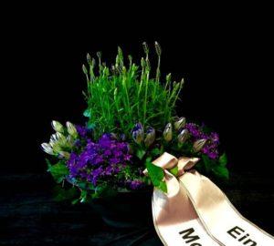 Friedhof Diedorf Blumen Flaschka Trauerfloristik